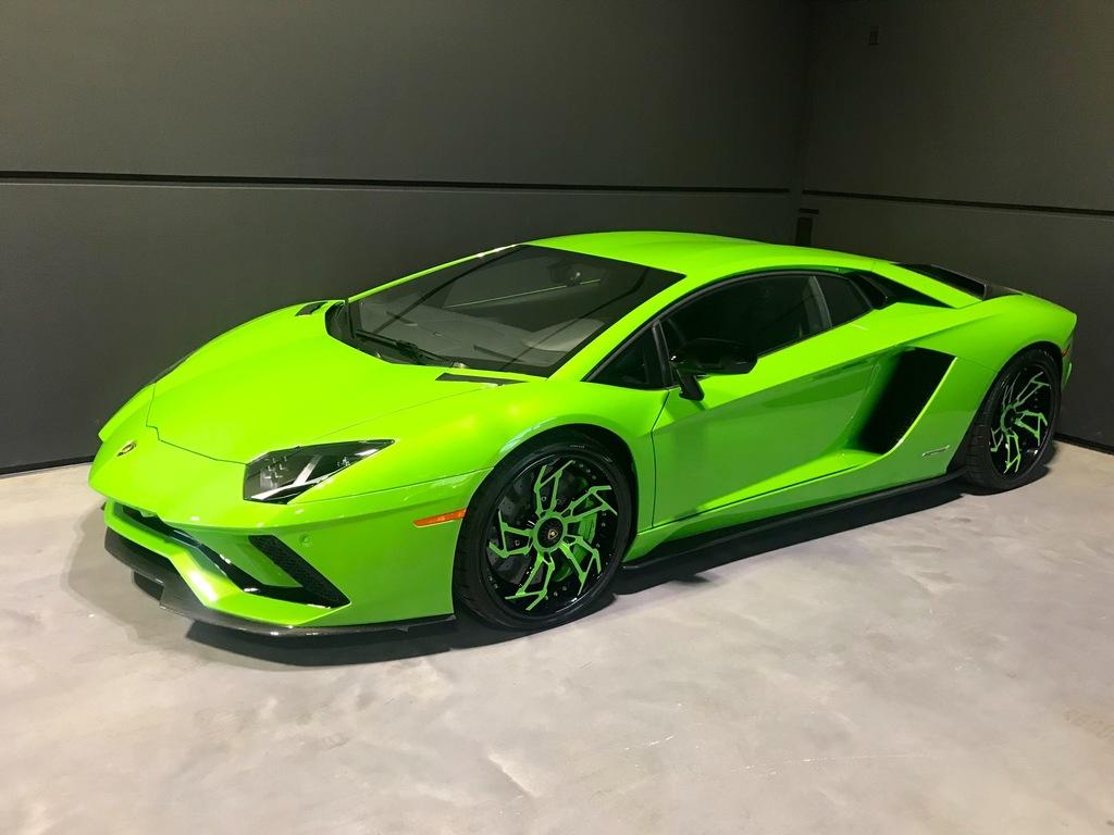 2017 Lamborghini Aventador S Gatineau
