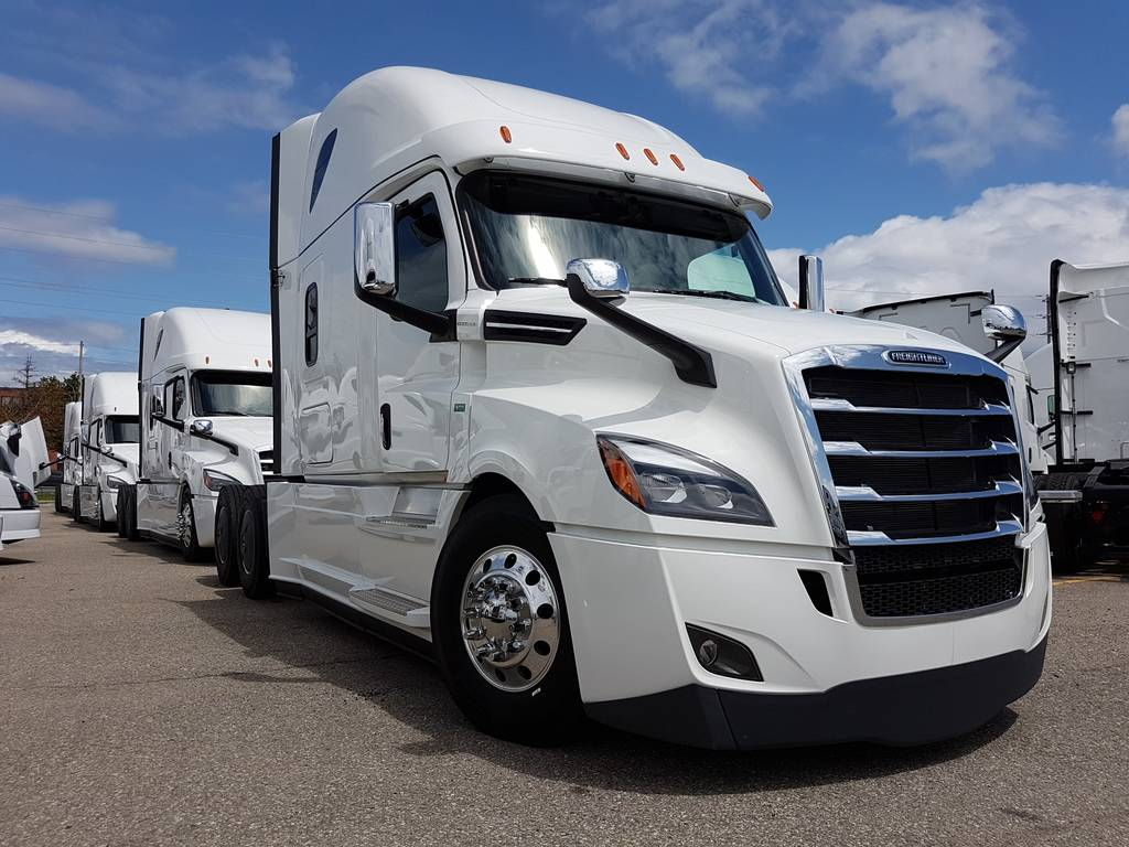 2019 Freightliner Cascadia HEATED & COOLED LEATHER