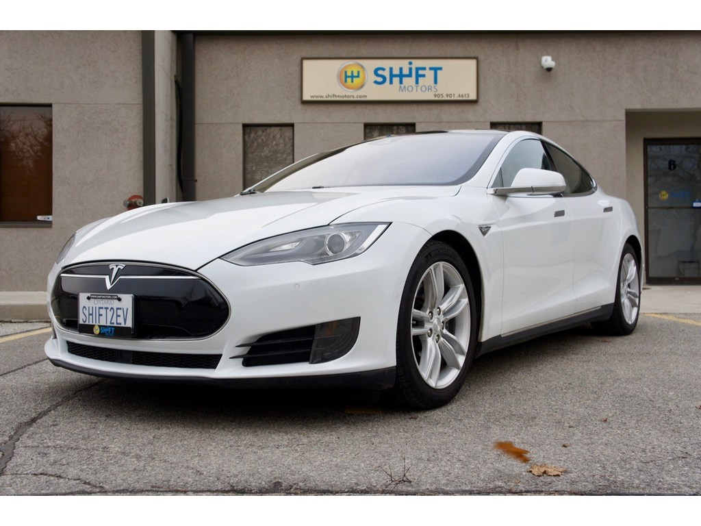 2015 Tesla Model S 70D AUTOPILOT, AWD, PANORAMIC ROOF