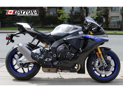 2018 Yamaha YZF-R1 for sale | autoTRADER ca