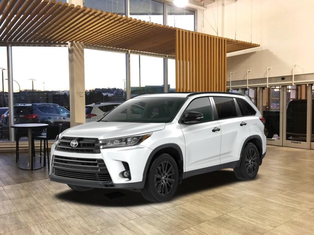 2019 Toyota Highlander Xle Awd Nightshade Package Burnaby