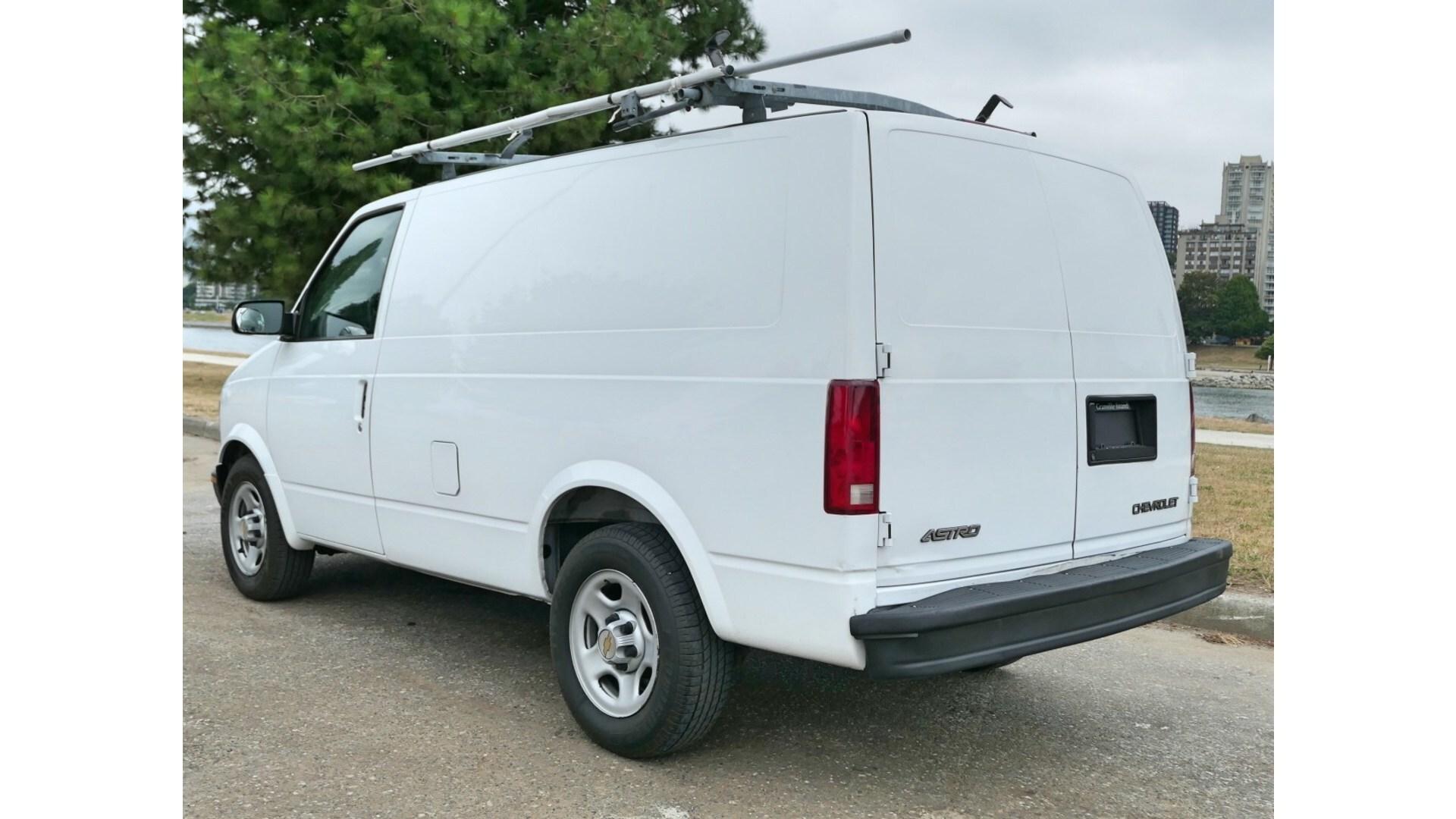 2005 Chevrolet ASTRO Cargo Van - w/ Bluetooth, Backup Camera