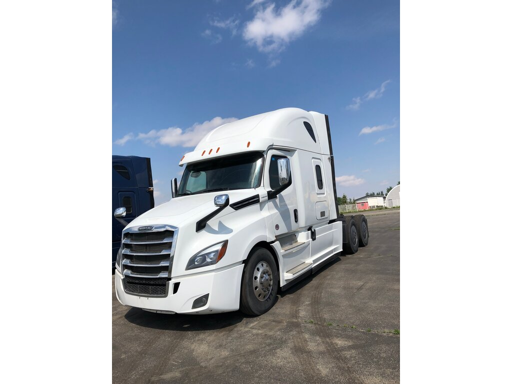 2018 Freightliner Cascadia DON'T MISS IT! - Edmonton