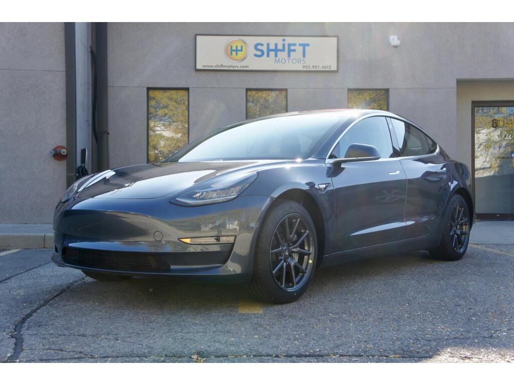 Tesla model 3 long range rwd