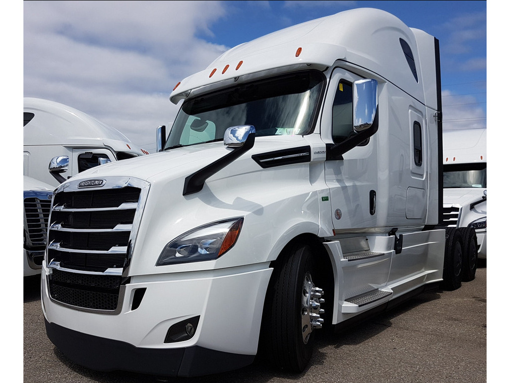 2021 Freightliner Cascadia Nice Clean Low Mileage Edmonton