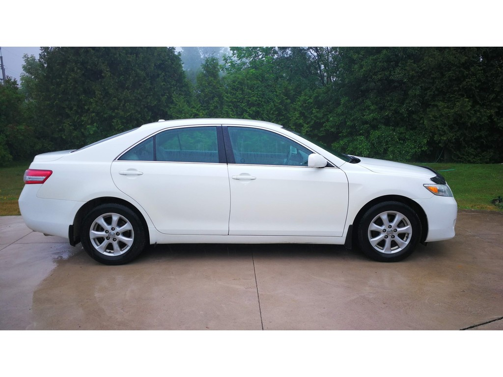 Peachy 2011 Toyota Camry 4Dr Sdn I4 Auto Le Lions Head Wiring 101 Cranwise Assnl