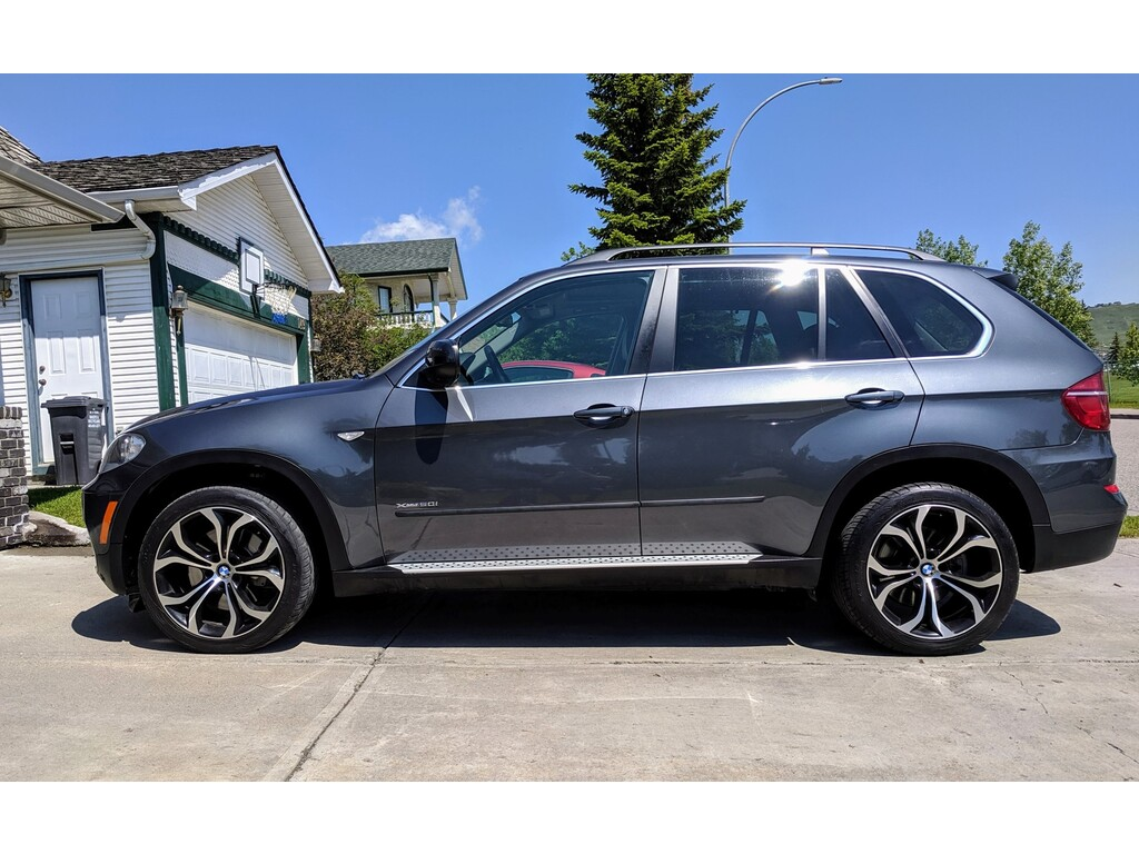 2011 BMW X5 AWD 4dr 50i - Calgary