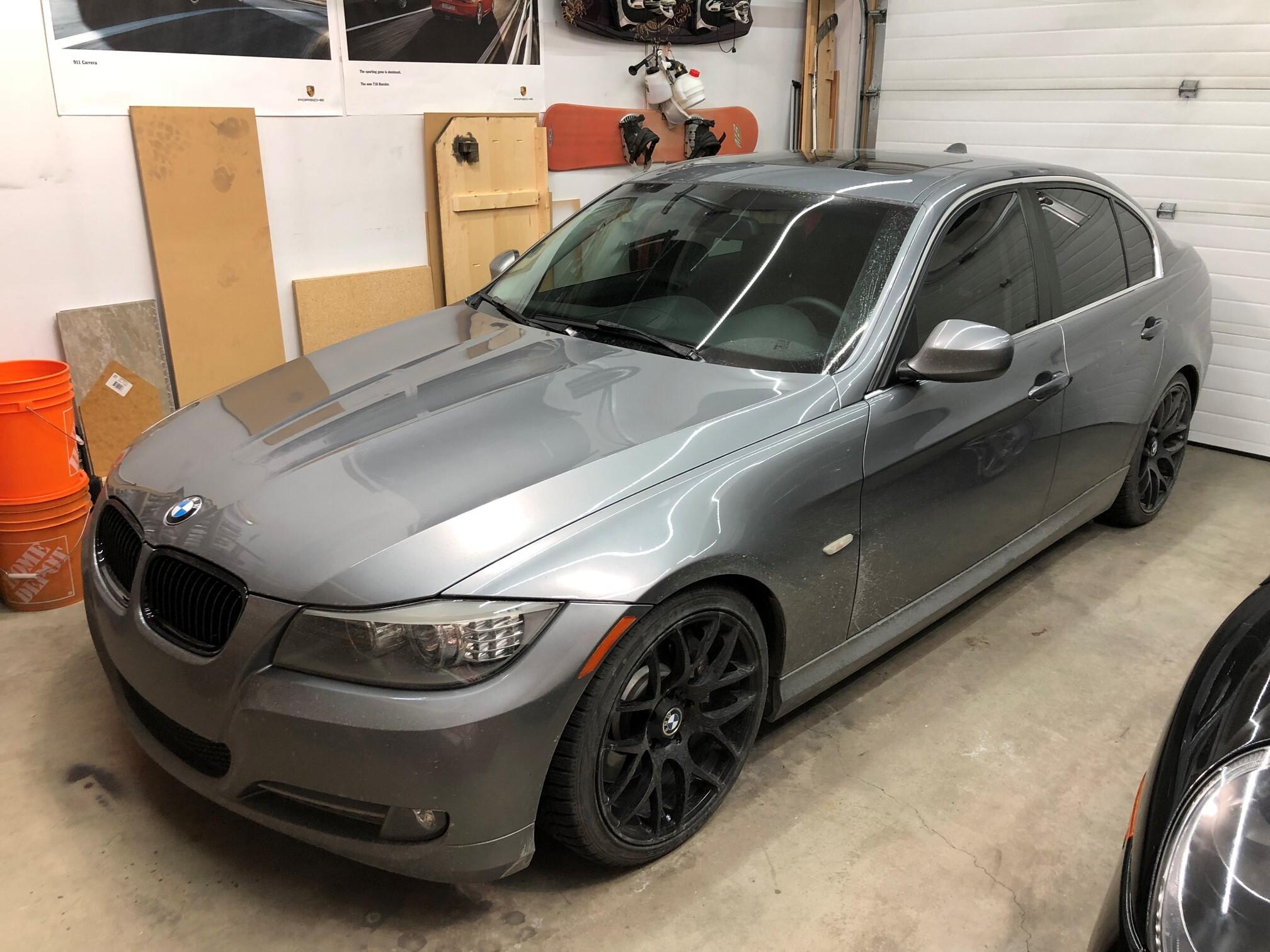 2010 BMW 335D With NAV - Calgary