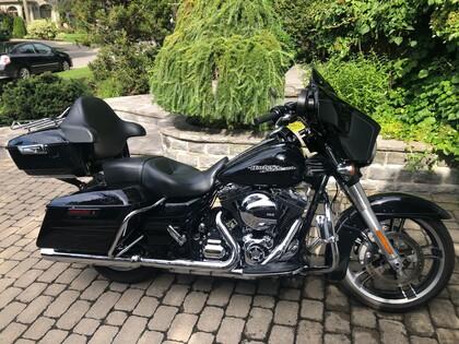 Street Glide For Sale >> 2014 Harley Davidson Street Glide For Sale Autotrader Ca